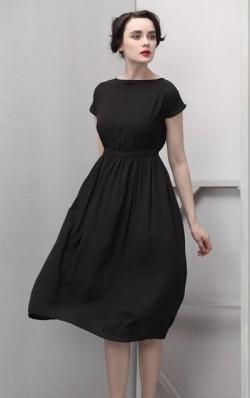 Черное платье для новогоднего корпоратива
