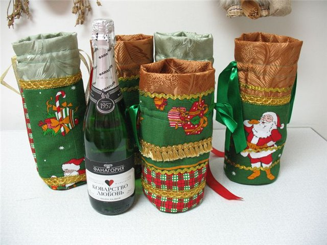 новогодний чехол для шампанского